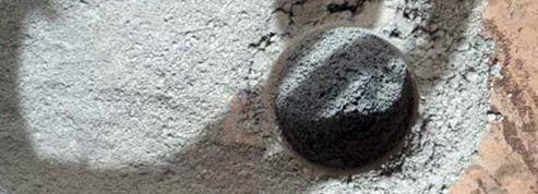 Curiosity a commencé à forer le sol de la planète Mars