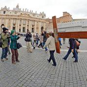 Rome salue le «geste de courage» de Benoît XVI