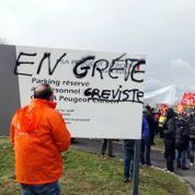 PSA : les grévistes aidés par les villes voisines