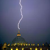 La foudre sur Saint-Pierre de Rome ?