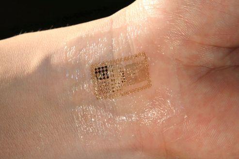 Le tatouage s'adapte aux déformations de la peau.