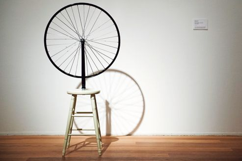 Marcel Duchamp: <i>Roue de bicyclette</i>, ready made de 1913.