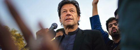 Pakistan : Imran Khan, séducteur d'électeurs