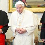 Benoît XVI n'a pas démissionné à cause de l'affaire Vatileaks