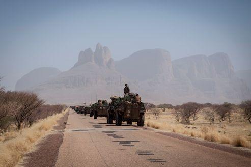 Convoi de militaires français sur la route de Gao, le 7 février dernier.