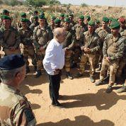 Mali : Le Drian salue les soldats français