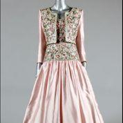 Les robes de Lady Di aux enchères à Londres