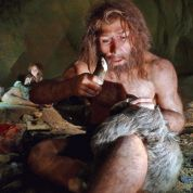 Néandertal, plus visuel que social