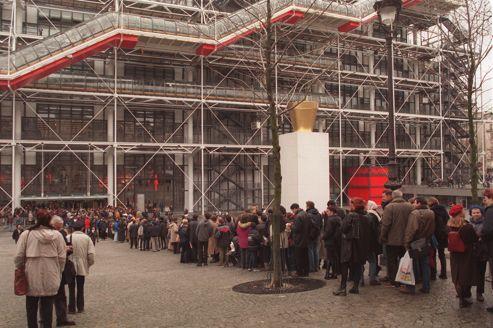 L'exposition <i>Dali </i>bat le record historique de fréquentation de Beaubourg. <i></i>