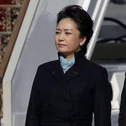 Chine : la nouvelle première dame séduit