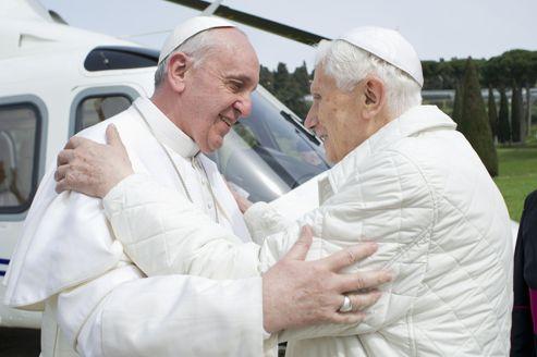 Le pape François et Benoît XVI se voient comme «des frères» C3d4f6b8-93c7-11e2-93a3-a3f17e70abae-493x328