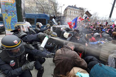 http://www.lefigaro.fr/medias/2013/03/24/5579cc28-94aa-11e2-8da4-9f7c98f6c732-493x328.jpg