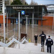 Attaque du RER D : 16 jeunes en garde à vue
