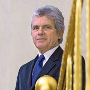 À quoi sert Claude Sérillon à l'Élysée?