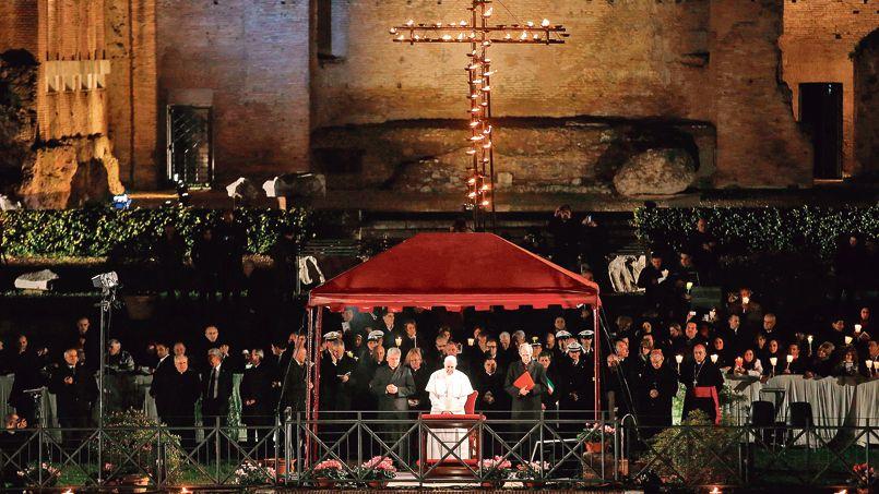 Le pape François, vendredi soir.