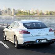Porsche Panamera: branchée sur le secteur