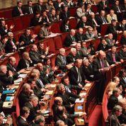 L'UMP dénonce la «diversion» du PS