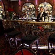 Le Crillon: le bar César vendu 311.594 euros