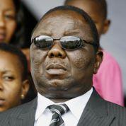 Le Zimbabwe mange toujours dans la main de Mugabe