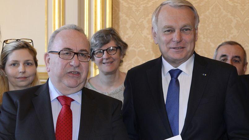 Le président de la Miviludes, Serge Blisko, a remis jeudi son rapport annuel au premier ministre, Jean-Marc Ayrault.