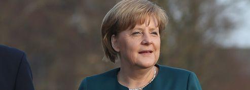 Merkel s'exaspère du travail de sape de Hollande