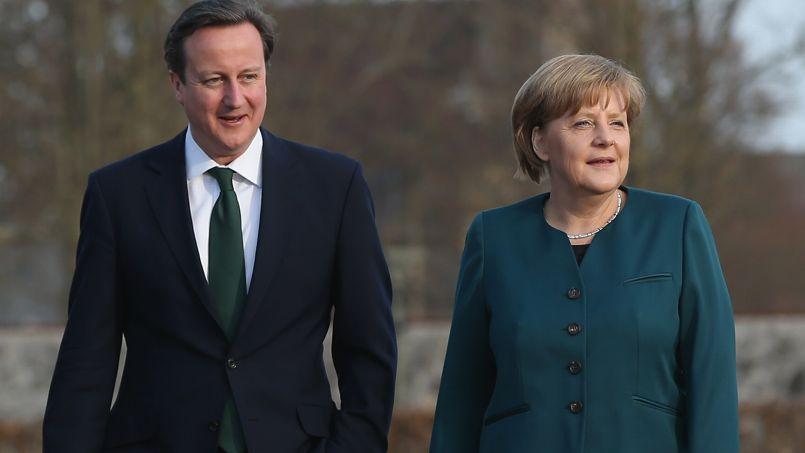 Il y a deux semaines, le Britannique David Cameron était invité dans le château de Meseberg, résidence officielle de la chancelière. Pareille rencontre serait inimaginable entre Hollande et Merkel, tellement le courant passe mal entre les deux dirigeants.