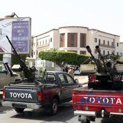 Libye: des ministères encerclés par des miliciens