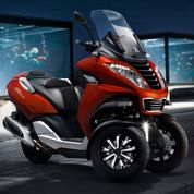Peugeot lance enfin son scooter trois roues