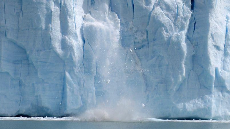 À la mi-septembre 2012, la banquise arctique a atteint le niveau le plus bas de son cycle annuel, avec 3,41 millions de kilomètres carrés.