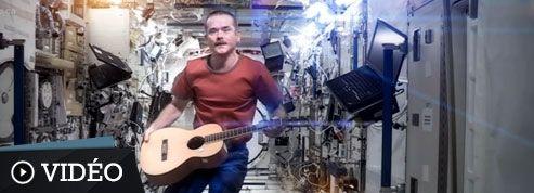 David Bowie ému de la reprise de Space Oddity dans l'espace