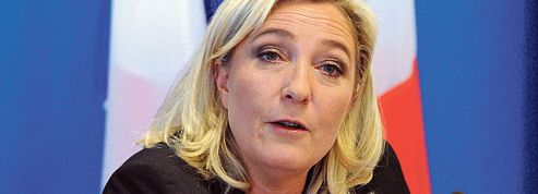 Vote des étrangers : Marine Le Pen soigne son profil droit