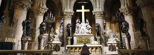Un historien d'extrême droite se suicide à Notre-Dame de Paris