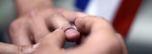 140 journalistes, 200 policiers au premier mariage gay à Montpellier