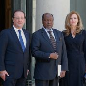 Mali: Hollande durcit le ton contre le MNLA