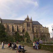 Dégradations dans des cathédrales