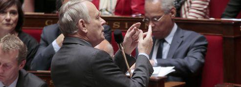 Assemblée: la majorité absolue du PS fragilisée
