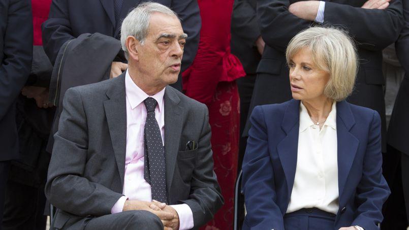 Henri Emmanuelli et Élisabeth Guigou, lors de la cérémonie.