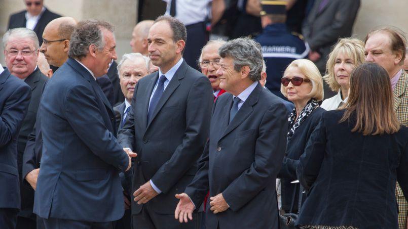 Les présidents de l'UMP, Jean-François Copé, de l'UDI, Jean-Louis Borloo, du MoDem, François Bayrou, se sont également déplacés.
