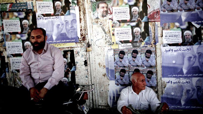 Six candidats se présentent officiellement à la présidentielle en Iran, après la validation de leurs candidatures (parmi les 686 enregistrées) par le Conseil des gardiens de la constitution. Le vote se tient le 14 juin prochain. L'un d'eux succèdera à Mahmoud Ahmadinejad, qui n'a pas le droit de se présenter à un troisième mandat.
