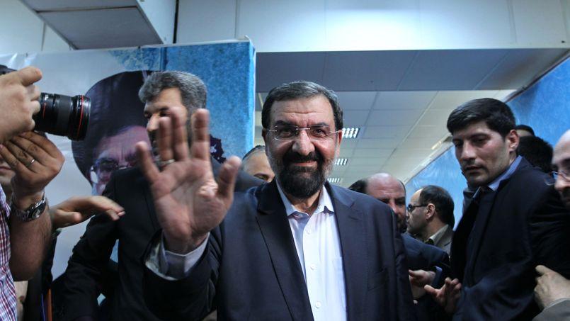 Mohsen Rezaï, 58 ans. L'ancien chef des Gardiens de la révolution a déjà été candidat à la présidentielle en 2005 et en 2009, face à Ahmadinejad, dont il critique la gestion du pays. Il est aujourd'hui secrétaire du Conseil de discernement du régime, haute instance d'arbitrage politique du pays. Un poste stratégique pour ce titulaire d'un doctorat en économie.