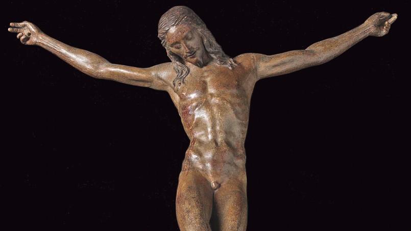 Sur cinq historiens de l'art consultés au Louvre, deux estiment que ce<i> Christ en croix</i> (détail) est bien de Michel-Ange, deux autres pensent le contraire et le dernier ne se prononce pas.