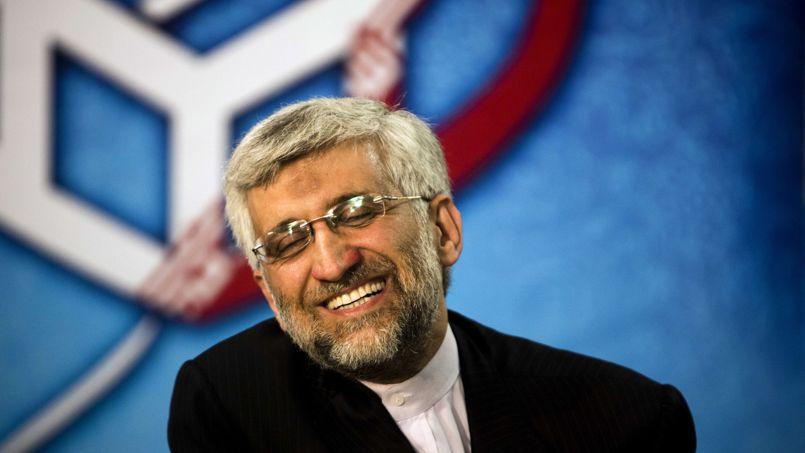 Saïd Jalili, 47 ans. Le plus jeune candidat est aussi l'un des grands favoris. Proche du Guide suprême, cet homme discret et très religieux le représente dans les épineuses négociations sur le programme nucléaire iranien avec les puissances occidentales. Connu pour sa fermeté dans ce dossier, ce vétéran de la guerre Iran-Irak (1980-88) durant laquelle il a perdu une partie de sa jambe droite est soutenu par les ultra-conservateurs.