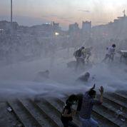 La police turque évacue le parc de Gezi