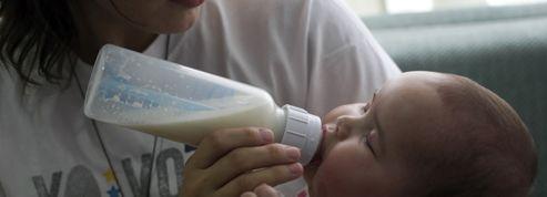 Au Venezuela, les femmes bientôt obligées d'allaiter