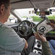 «J'ai conduit la voiture avec une tablette»