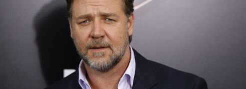 Russell Crowe passe derrière la caméra