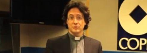 Le sosie de François Hollande est un prêtre espagnol