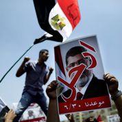 L'Égypte lance à Morsi crie : «Dégage!»