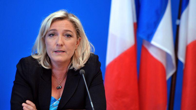 La présidente du FN, Marine Le Pen, le 26 mars au siège du parti, à Nanterre.