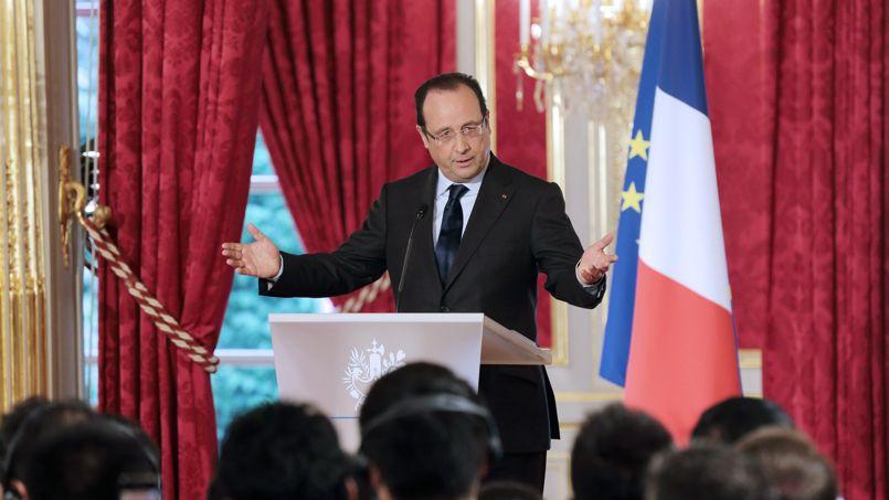 Hollande rappelle sa majorité à l'union